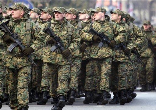 Рада оголосила мобілізацію в армію через воєнний стан в Україні