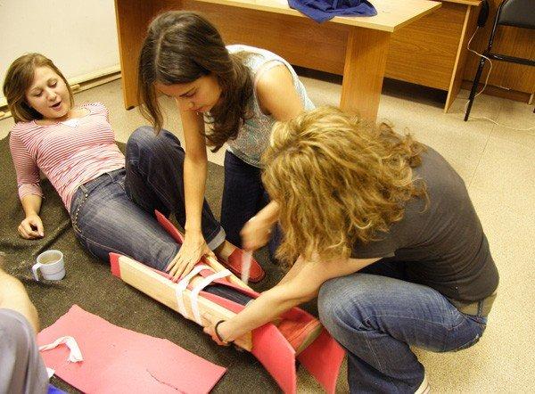 У Полтаві безкоштовно вчать надавати першу допомогу вже 300 студентів пройшли навчання