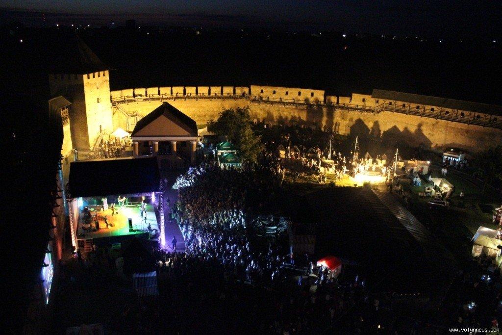 Мандруємо Україною: фестивальний червень в Україні