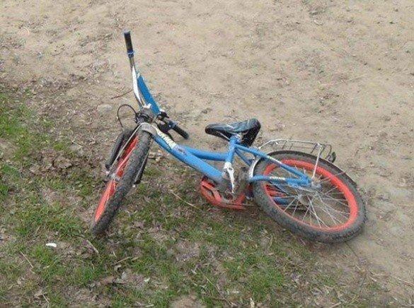 У Полтавському районі насмерть збили дитину на велосипеді