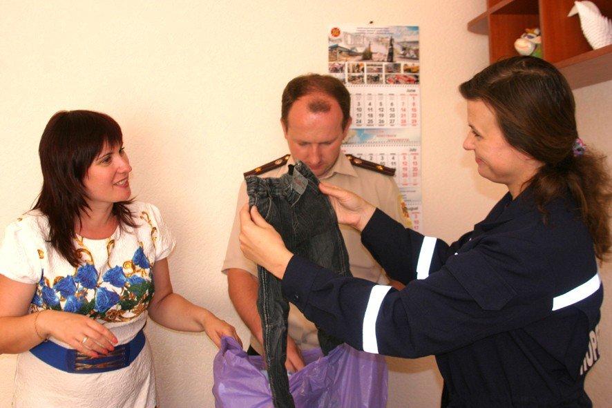 Полтавські рятувальники збирають речі та іграшки для дітей зі Сходу