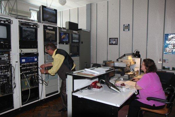 З першого січня на цифрове телебачення Україна переходити не буде
