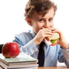 Харчування школяра, або чим замінити шкідливі перекушування