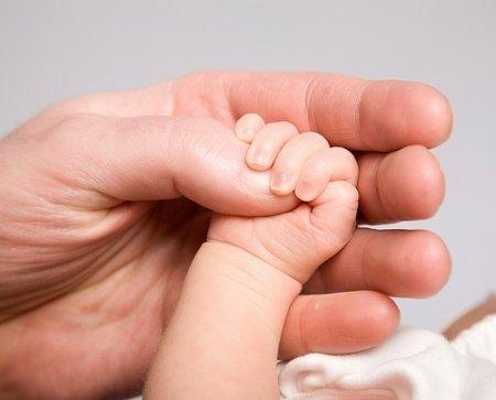 Одномісячне немовля у Полтаві потребує допомоги