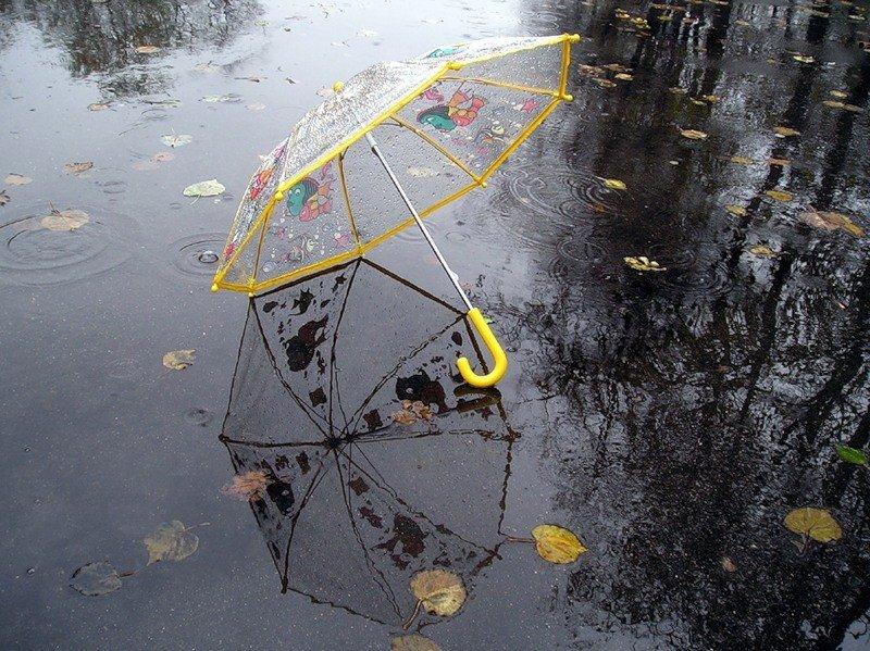 Чим зайняти дитину вдома в дощову погоду