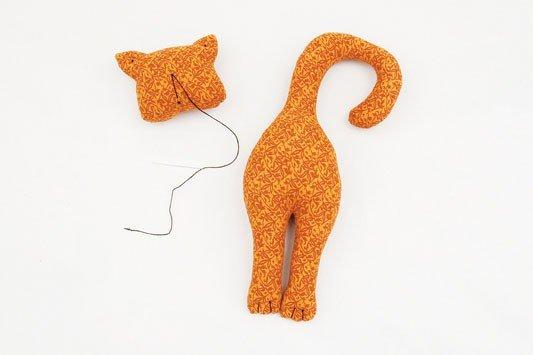 Чудовий кіт, зроблений своїми руками
