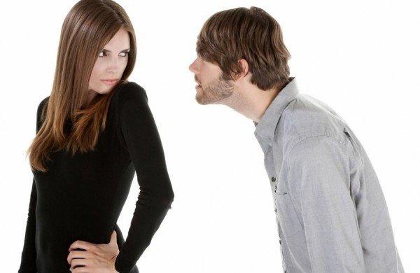 Жіночі звички, які дратують чоловіків