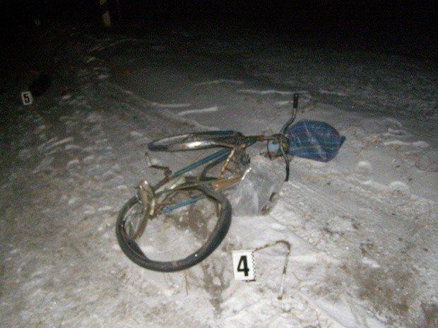 На Полтавщині водій на смерть збив велосипедистку і зник