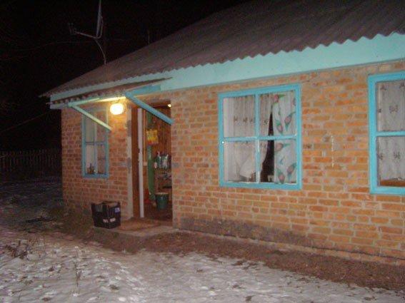 У Новосанжарському районі правоохоронці знайшли в чоловіка на горищі кущі конопель