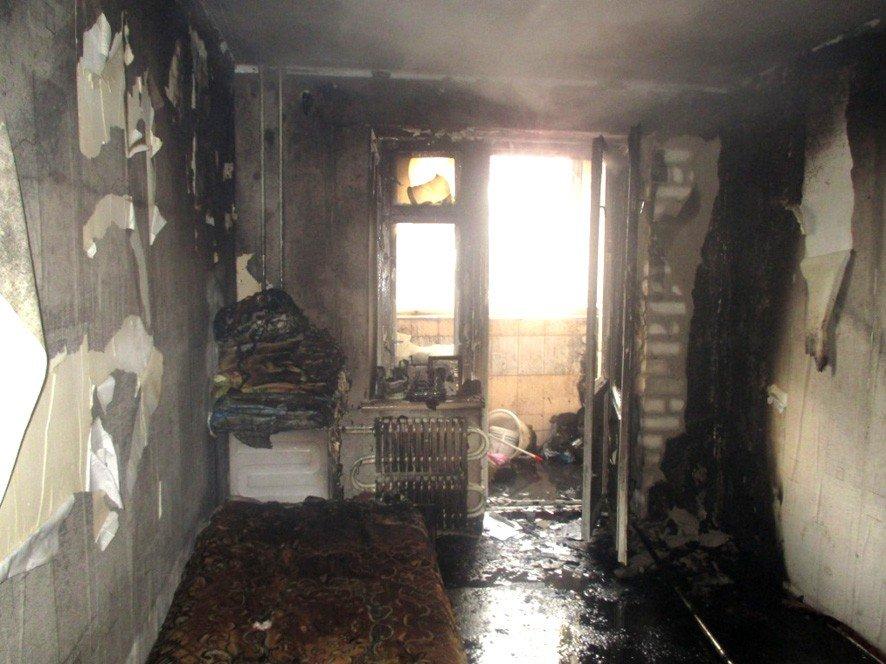 У Кременчуці чоловік врятував 7-річного хлопчика із вогню