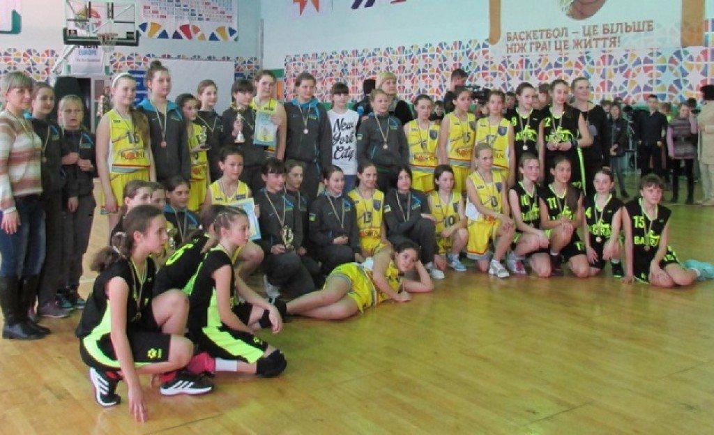 Юні полтавські баскетболістки завоювали «срібло» Всеукраїнських змагань