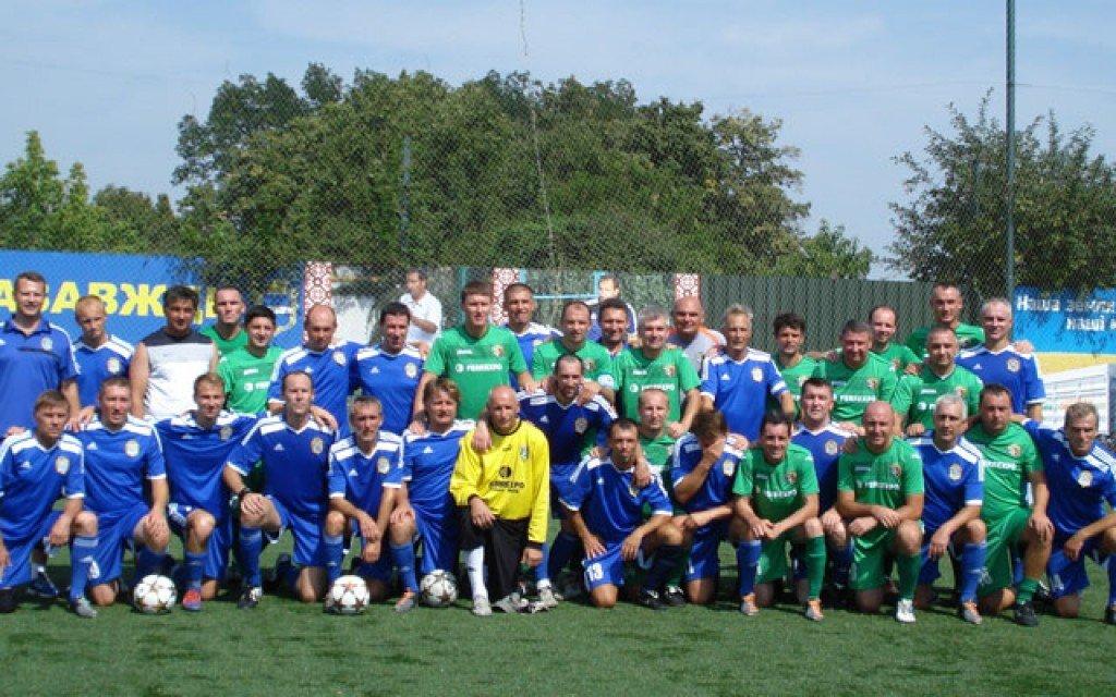 У Кременчуці ветерани грали у футбол в пам'ять Олега Бабаєва