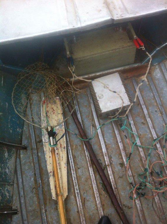 У Кременчуцькому районі затримали браконьєрів із електровудкою