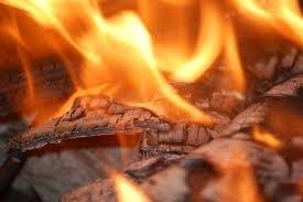 Ліквідувати пожежу на сміттєзвалищі у Кобеляках не можуть уже тиждень