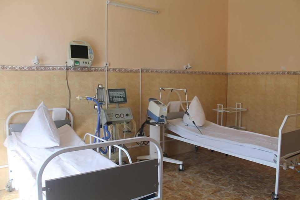 У лікарнях областей планують заощадити кошти, зменшивши ліжко-місця