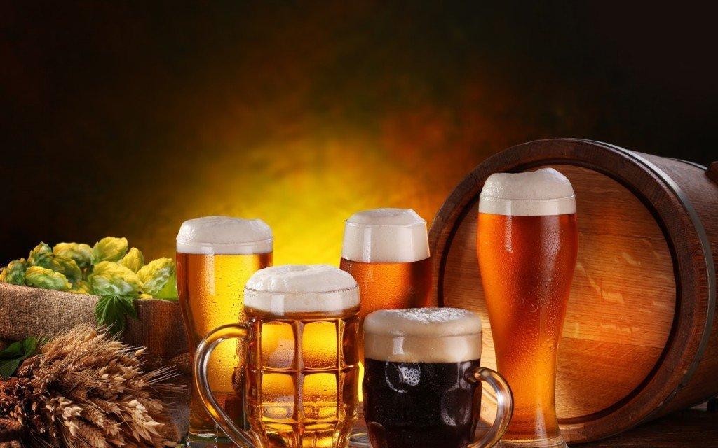Рада захмарно підвищила акцизи на алкоголь і цигарки