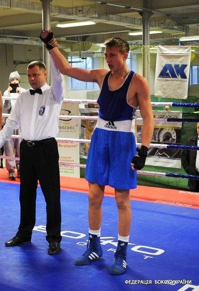 Євгена Павловського з Комсомольська визнали одним з найкращих боксерів України