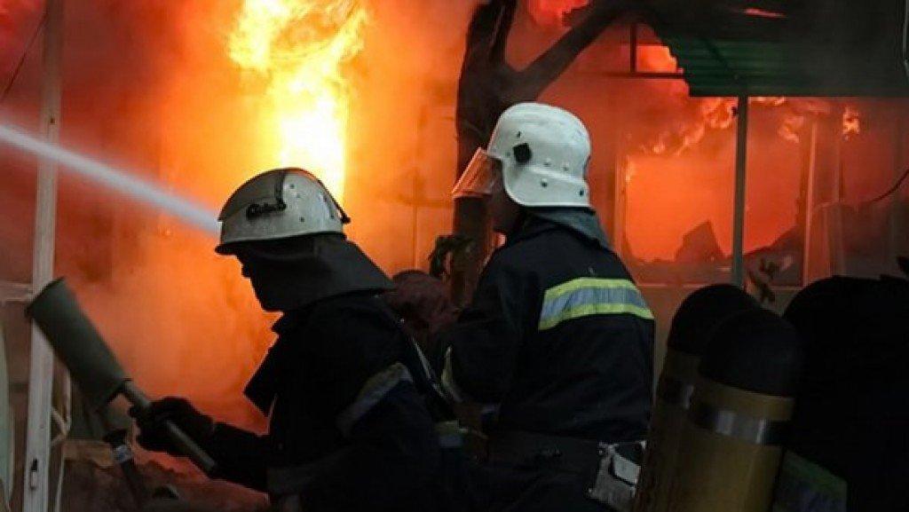 У Полтаві від вогню врятували жінку