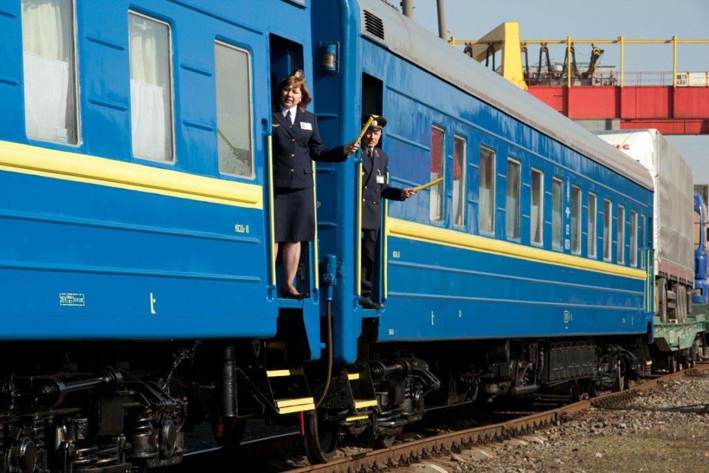 На свята через Полтаву курсуватиме додатковий потяг