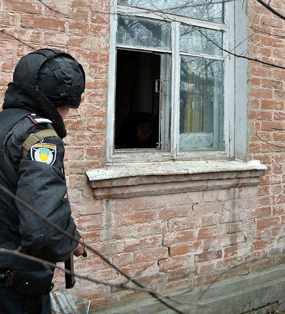 На Полтавщині «домушник» розбив вікно та вдерся у будинок