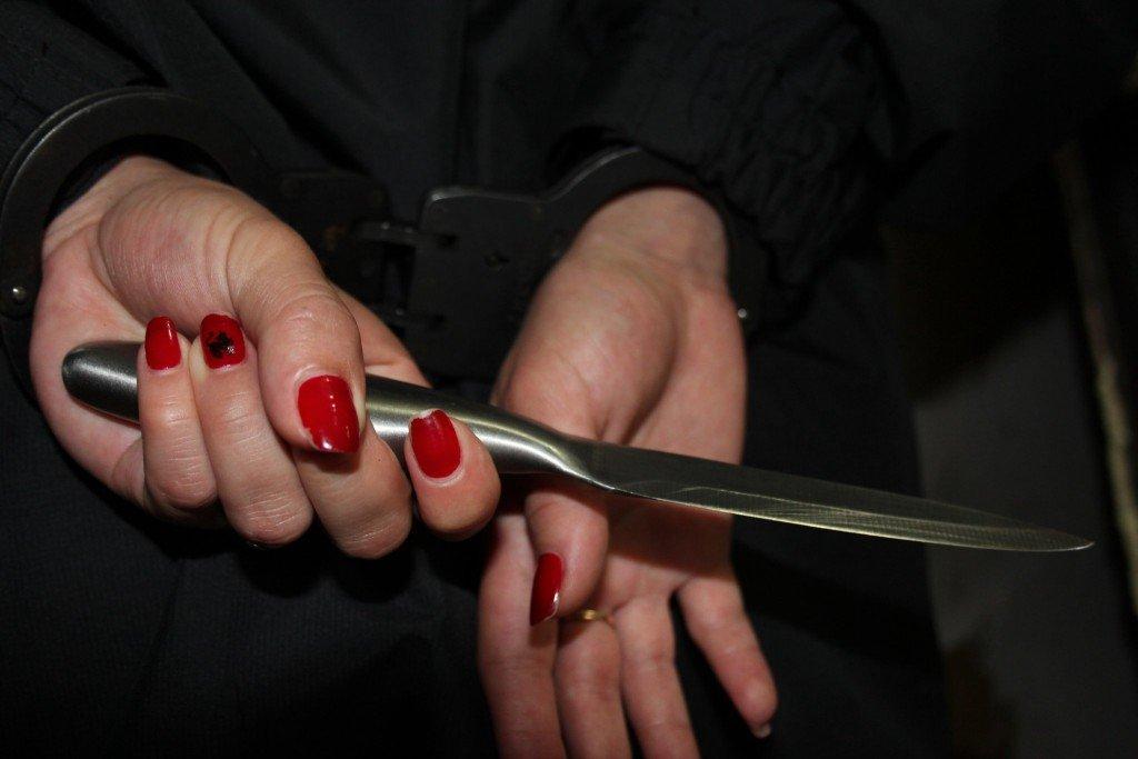 На Полтавщині жінка порізала свого співмешканця