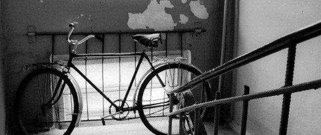 У Полтаві затримали 32-річного чоловіка, який грабував під'їзди