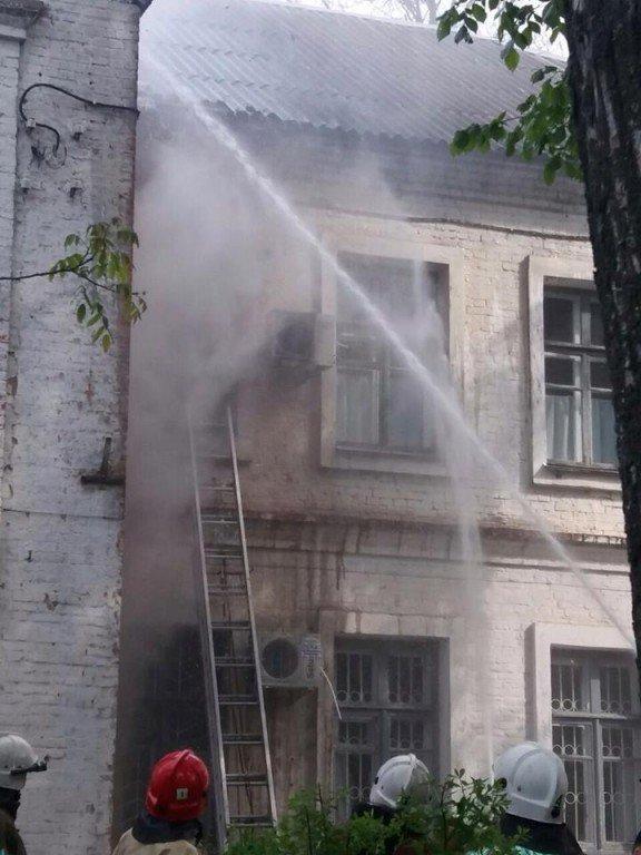 У Полтаві горіла лікарня: евакуювали близько 30 людей