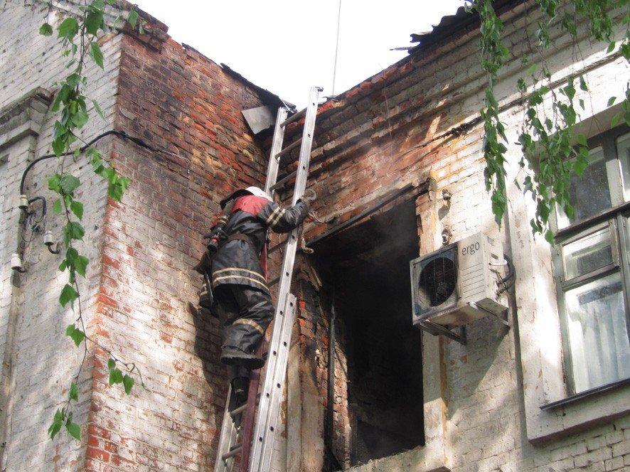 Пожежа на Полтавщині: евакуювали 10 жителів, серед яких діти