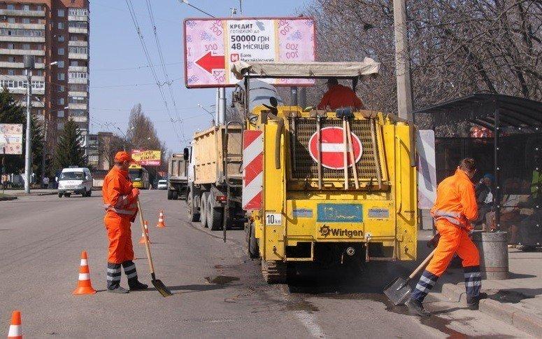 Заступник міського голови Полтави розповів про ситуацію з ремонтом доріг