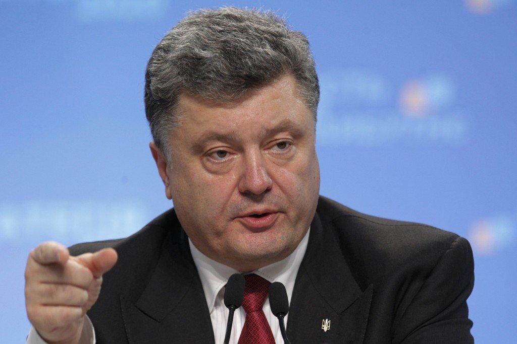 Порошенко заявив, що Україна намагатиметься уникнути наступних хвиль мобілізації