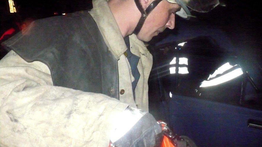 На Полтавщині внаслідок ДТП водія затисло кузовом
