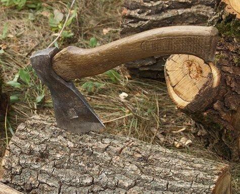 На Полтавщині неповнолітній вночі пішов по дрова й заблукав