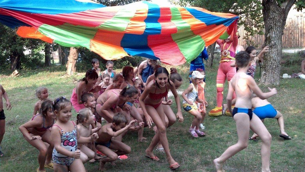 У Полтаві для дітей-переселенців волонтери організували спортивне свято