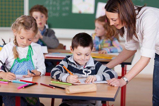 З 1 вересня молодша школа навчатимуться за полегшеною програмою