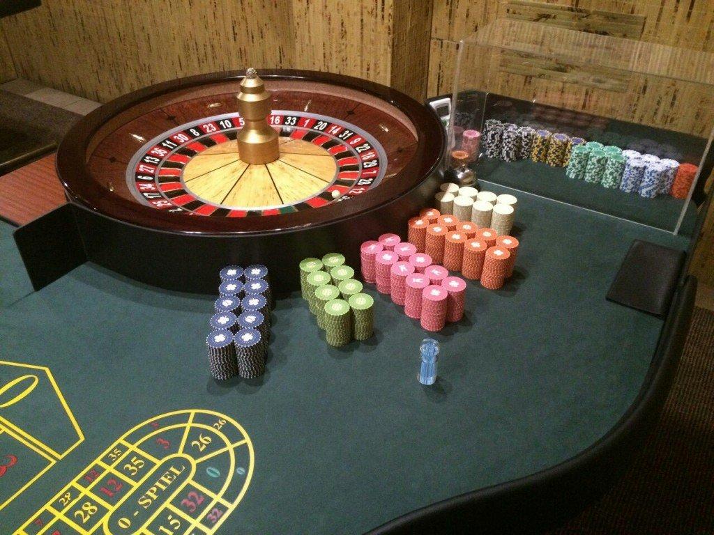 На Полтавщині «прикрили» нелегальне казино у кав'ярні