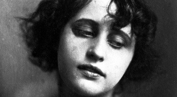 Акторка родом з Полтави стала королевою німого кіно й диктувала моду сучасницям