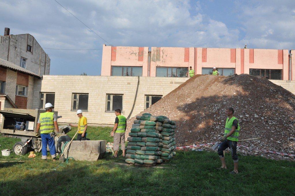 У Решетилівці за 9,5 мільйонів гривень добудують спорткомплекс аграрного ліцею