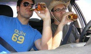 Учені довели, що алкоголь продовжує життя