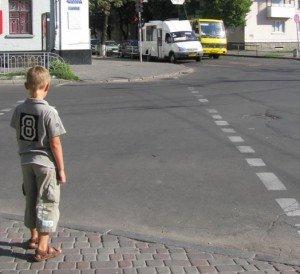 Полтавська ДАІ перевірить «зебри» поблизу шкіл. Фото Ніни Король