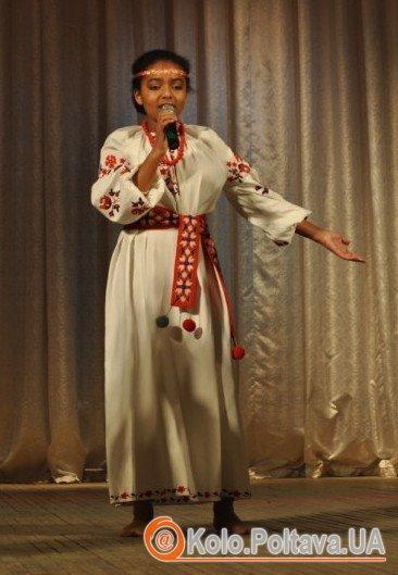 """Ніколь Окуа на конкурсі """"Творчий дует"""". Фото Ольги Матвієнко"""