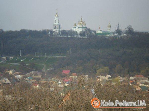 Віруючі в Хрестовоздвиженський монастир зимою добиратимуться пішки, на таксі чи в об'їзд, через Яківці та Дендропарк