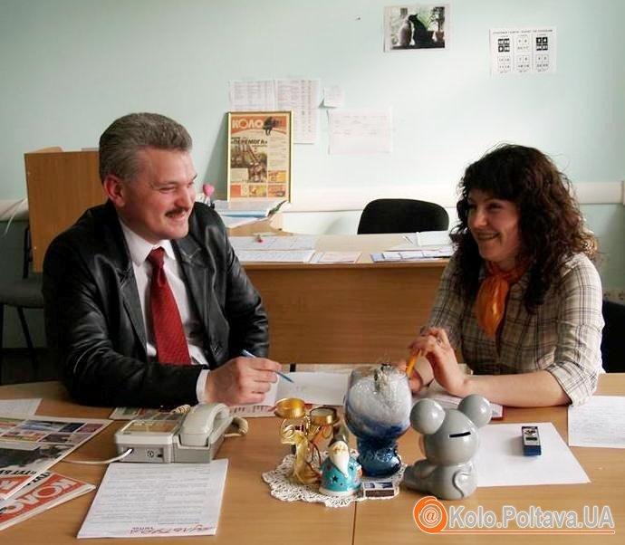 Олег Краснов у редакції «Коло» спілкується з журналістами та читачами. Фото Юлії Деркач