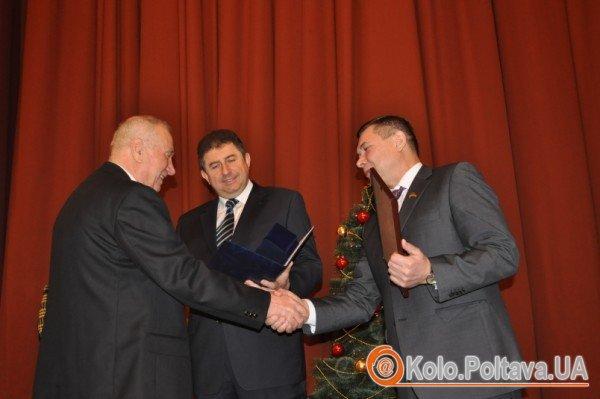 Останнє засідання Полтавської облради пройшло емоційно і продовжиться наступного року фото