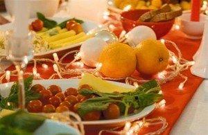 Українці витратять мінімум 500-600 грн на продукти до новорічного столу, і це без урахування алкоголю. Фото slipker.ucoz.net