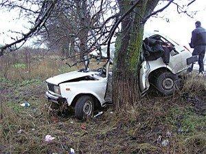 У Карлівському районі сп'янілий хлопець викрав авто, на якому потрапив у ДТП