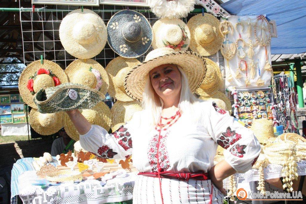 На Сорочинський ярмарок приїхали не всі, але майстри торгівлею задоволені