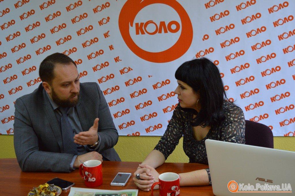 Сергій Чередніченко: Мамай на роботі грає в карти на комп'ютері (відео)