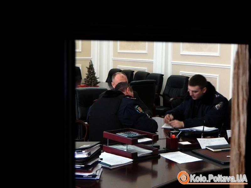 Поліція проводить перевірку по факту інциденту в Полтавській міськраді