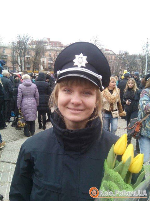 На службі у свято: про перші чергування жінок патрульної поліції Полтави