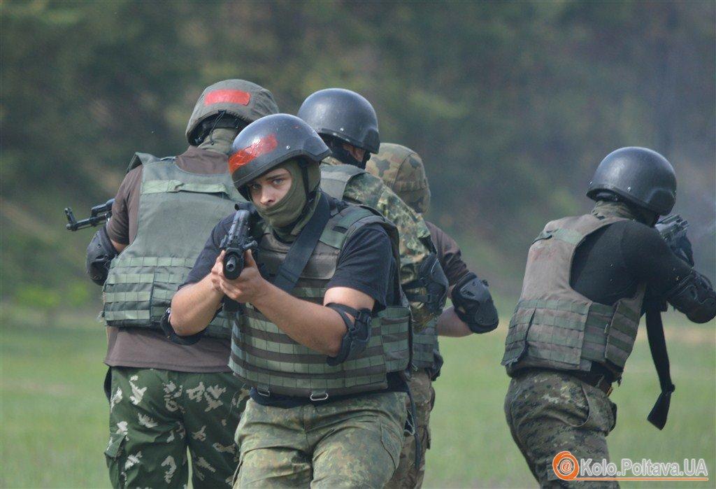 Бійці батальйону Полтава провели тактичні навчання (ФОТО, ВІДЕО)